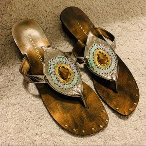 CHINESE LAUNDRY | Z-UFO Open toe thong sandals 8.5